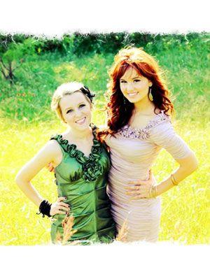 SEV-Debby-Ryan-High-School-Prom-3