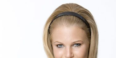 Lip, Hairstyle, Shoulder, Eyebrow, Sleeveless shirt, Style, Beauty, Neck, Eyelash, Long hair,