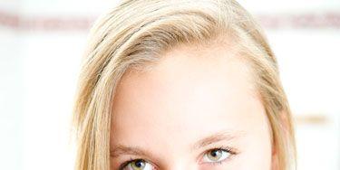 Nose, Finger, Lip, Cheek, Mouth, Hairstyle, Eye, Skin, Eyebrow, Eyelash,