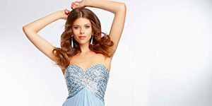 Clothing, Hairstyle, Sleeve, Dress, Shoulder, Textile, Photograph, Joint, Standing, Gown,