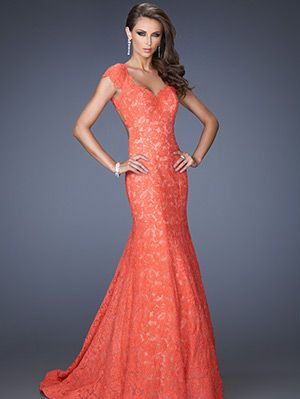 Clothing, Sleeve, Dress, Shoulder, Red, Textile, Joint, Standing, Gown, Formal wear,