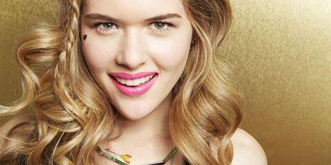 Clothing, Mouth, Lip, Hairstyle, Style, Jewellery, Dress, Fashion accessory, Beauty, Eyelash,