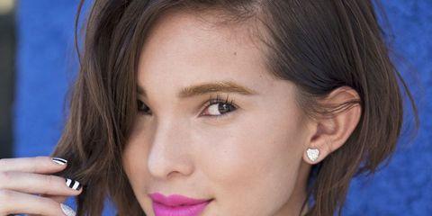 Lip, Hairstyle, Jewellery, Chin, Forehead, Eyebrow, Eyelash, Fashion accessory, Earrings, Jaw,