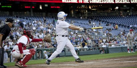Baseball bat, Baseball equipment, Batting helmet, Sports uniform, Sport venue, Baseball protective gear, Baseball field, Sports gear, Sports equipment, College baseball,
