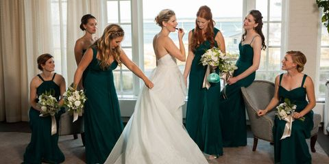 Clothing, Green, Event, Dress, Trousers, Bridal clothing, Shoulder, Textile, Photograph, Joint,
