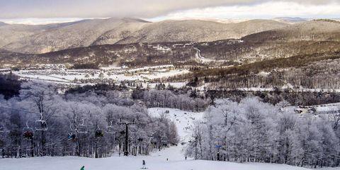 Winter, Winter sport, Snow, Slope, Mountain, Terrain, Glacial landform, Freezing, Piste, Mountain range,