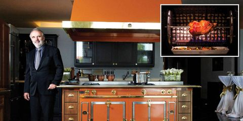 Drawer, Room, Cabinetry, Suit, Display device, Cupboard, Countertop, Grey, Suit trousers, Flat panel display,