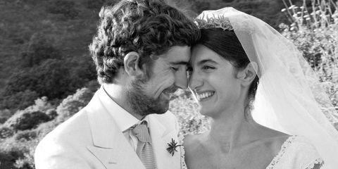 Clothing, Bridal veil, Coat, Trousers, Veil, Photograph, Dress, Bridal clothing, Bride, Outerwear,