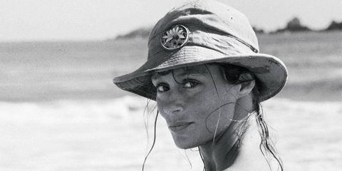 Lauren Hutton in Zihuatanejo, Mexico, 1968.
