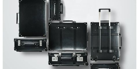 Product, Line, Machine, Parallel, Rectangle, Metal, Black-and-white, Silver, Plastic, Personal computer hardware,
