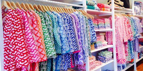 Textile, Room, Clothes hanger, Retail, Fashion, Shelving, Shelf, Collection, Closet, Market,