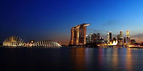 Metropolitan area, City, Metropolis, Tower block, Urban area, Cityscape, Night, Liquid, Reflection, Tower,