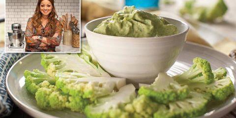 Food, Ingredient, Cuisine, Leaf vegetable, Cruciferous vegetables, Dish, Dishware, Condiment, Produce, Tableware,