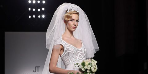 Clothing, Bridal veil, Veil, Dress, Bridal accessory, Shoulder, Bridal clothing, Photograph, Wedding dress, Bride,