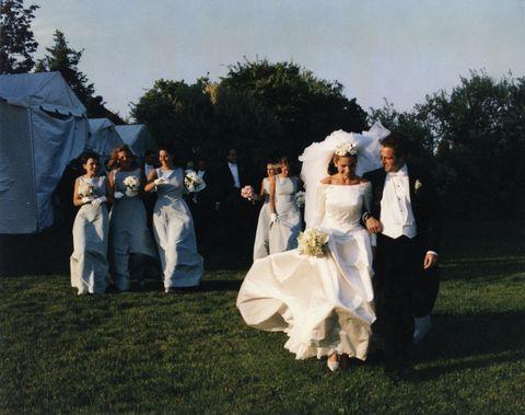 Aerin Lauder wears Oscar de la Renta on her wedding day.