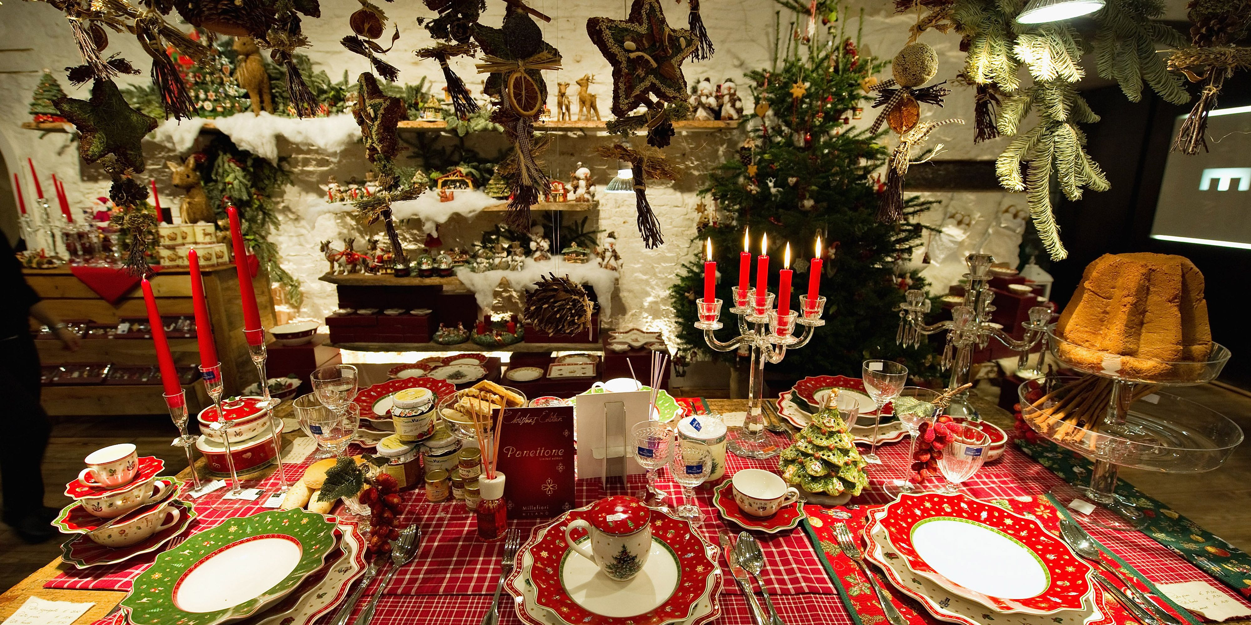 Enjoyable 35 Elegant Christmas Table Settings Stylish Holiday Table Home Interior And Landscaping Ologienasavecom