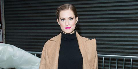 Lip, Collar, Coat, Style, Eyelash, Lipstick, Fashion model, Street fashion, Blazer, Earrings,