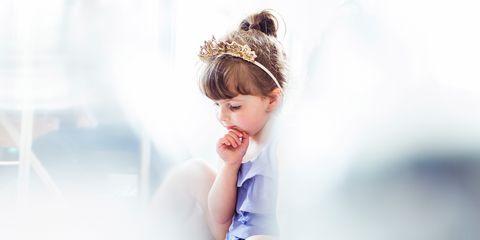 Hair accessory, Headpiece, Headgear, Costume accessory, Toddler, Headband, Portrait photography, Child model, Tiara, Portrait,