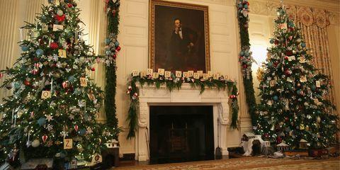 Christmas decoration, Event, Interior design, Interior design, Christmas tree, Christmas ornament, Christmas, Tradition, Holiday, Christmas eve,