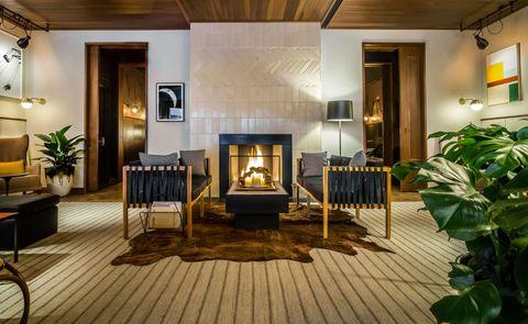 The Smyth, a Thompson Hotel Fireplace