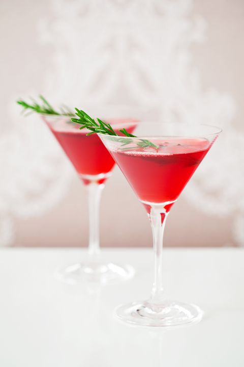 gin cranberry cocktail recipe - Christmas Martini Glasses