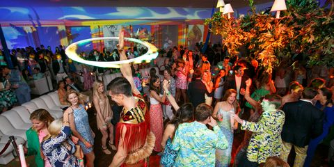 Lighting, Event, Entertainment, Party, Crowd, Function hall, Tradition, Dance, Ceremony, Light fixture,