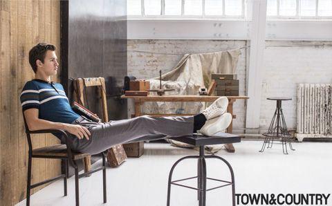 Leg, Shoe, Comfort, Furniture, Sitting, Knee, Stool, Bar stool, Daylighting, Suit trousers,