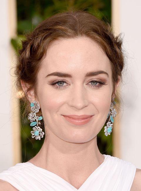 Hair, Earrings, Lip, Hairstyle, Skin, Chin, Forehead, Eyebrow, Eyelash, Jewellery,