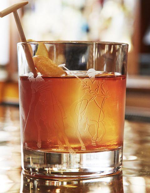 Liquid, Fluid, Alcoholic beverage, Drink, Glass, Barware, Alcohol, Drinkware, Distilled beverage, Ingredient,