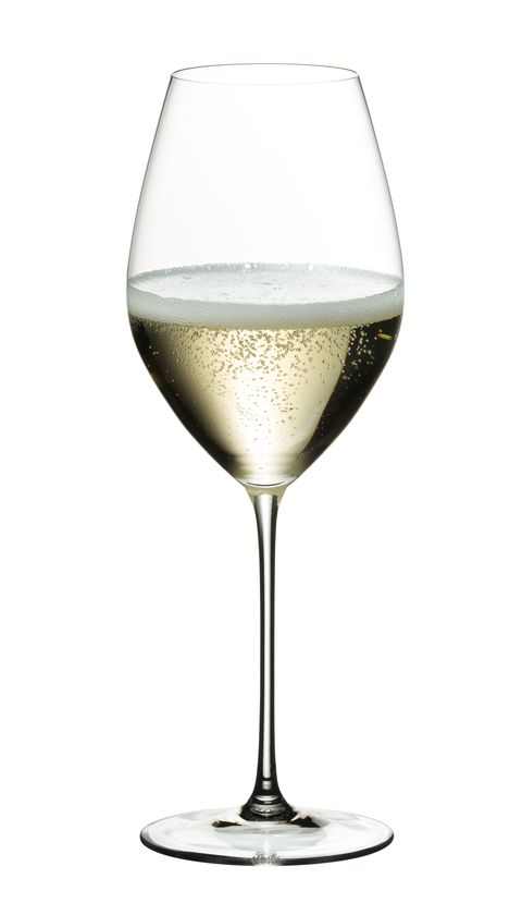 Riedel-wine-glass-with-champagne