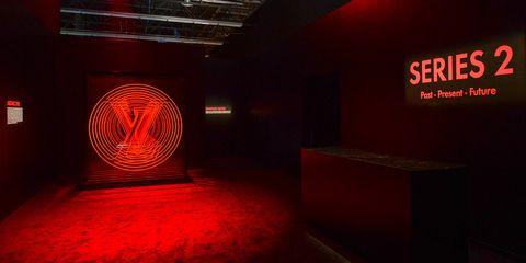 Red, Room, Amber, Light, Carmine, Orange, Darkness, Maroon, Space, Coquelicot,