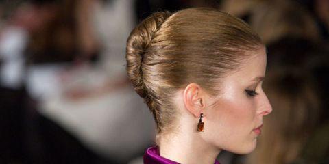 Hair, Head, Ear, Earrings, Hairstyle, Chin, Forehead, Eyebrow, Eyelash, Body piercing,