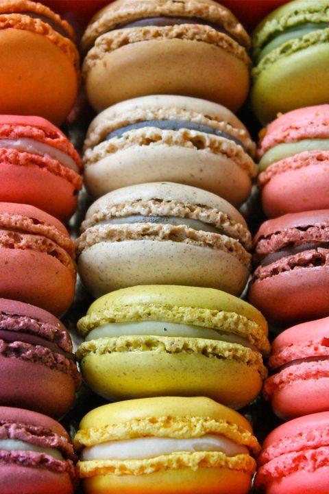 Macaroon, Sweetness, Food, Cuisine, Confectionery, Dessert, Baked goods, Finger food, Pink, Recipe,