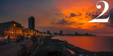 Sky, Dusk, City, Evening, Sunset, Waterway, Horizon, Sunrise, Metropolitan area, Afterglow,