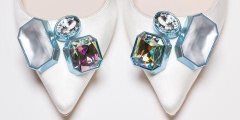 Blue, Jewellery, Teal, Purple, Fashion accessory, Aqua, Lavender, Magenta, Body jewelry, Turquoise,