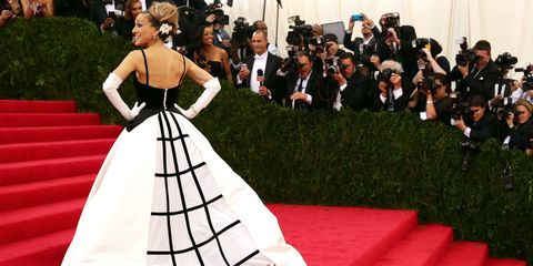 Dress, Formal wear, Suit, Style, Carpet, Gown, Fashion, hoopskirt, Haute couture, Costume design,