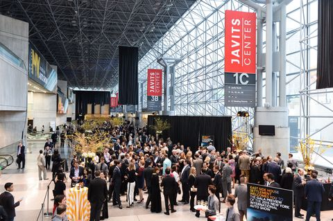 Crowd, Commercial building, Engineering, Banner, Advertising, Hall, Company, Convention center, Trade, Convention,