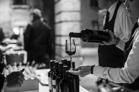 Barware, Alcohol, Drink, Bottle, Alcoholic beverage, Glass, Glass bottle, Drinkware, Wine bottle, Wine glass,