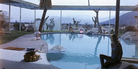 Swimming pool, Leisure, Resort, Composite material, Reflection, Water feature, Arecales, Resort town, Tropics, Spa town,