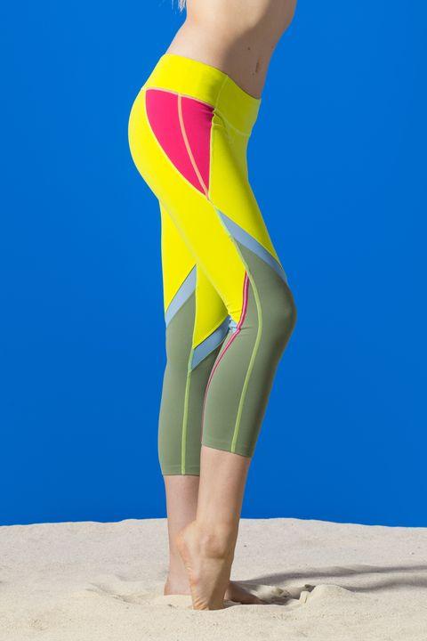 Leg, Human leg, Sportswear, Joint, Sand, People in nature, Elbow, Summer, Knee, Active pants,