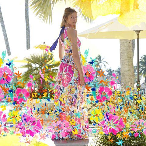 Petal, Flower, Pink, People in nature, Magenta, Lampshade, Spring, Floral design, Cut flowers, Creative arts,