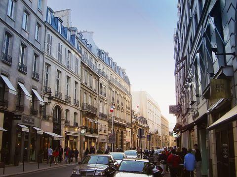 Road, Town, Neighbourhood, Street, Infrastructure, City, Building, Metropolis, Mixed-use, Metropolitan area,