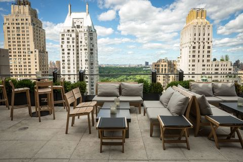 01-tnc-best-rooftop-bars-the-roof