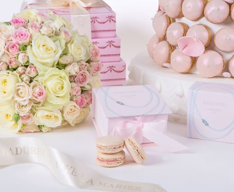 Petal, Bouquet, Pink, Peach, Flowering plant, Rose family, Cut flowers, Rose order, Hybrid tea rose, Garden roses,