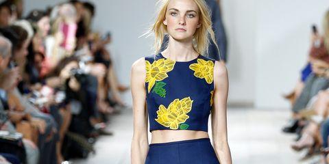 Waist, Beauty, Fashion, Fashion model, Trunk, Abdomen, Model, Street fashion, Blond, Fashion design,