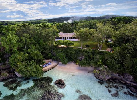 Landscape, Natural landscape, Watercourse, Resort, Coast, Resort town, Tropics, Cove, Tourist attraction, Bay,