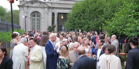 The Social Set Was Swing Dancing Under Stars At Last Nights Garden Soiree All Details HERE