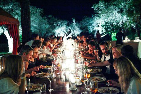 Barware, Drinkware, Table, Tableware, Restaurant, Chair, Drink, Party, Plate, Dishware,