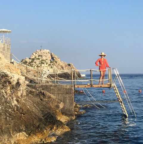 Coastal and oceanic landforms, Sea, Ocean, Coast, Ladder, Raised beach, Inlet, Bay, Bermuda shorts, Promontory,