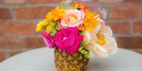 Petal, Yellow, Flower, Ananas, Orange, Bouquet, Flowering plant, Floristry, Cut flowers, Rose family,